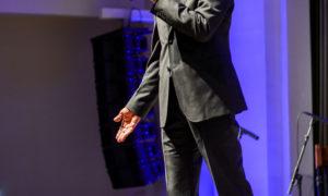 Oļegs Burovs, Rīgas domes Īpašuma departamenta direktors. Foruma organizatori biedrība BDCC un RDĪD.