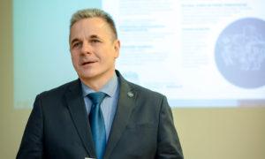 Uzstājas RTU Būvniecības fakultātes dekāna vietnieks Jānis Kaminskis.