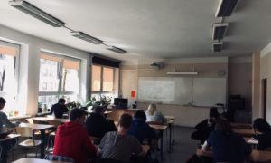 """21.aprīlī kampaņa """"Mācies būvniecību"""" viesojās Rīgas Valsts 3.ģimnāzijā, uzstājās uzņēmuma """"BMGS"""" pārstāvji."""