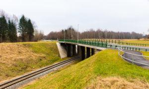 Ceļu pārvads pār dzelzceļu autoceļā A2 Rīga – Sigulda – Igaunijas robeža km 63.70, jaunbūve. Pasūtītājs VAS LVC. Projekts Ģirts Šķupelis, «Projekts 3». Būvnieks «Tilts», projekta vadītājs Artjoms Gridņevs. Būvuzraudzība «Firma L4», Juris Rozīte.