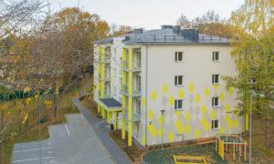 Daudzstāvu daudzdzīvokļu dzīvojamo ēku komplekss, jaunbūve, Prūšu ielā 4b, Rīgā. Pasūtītājs «Bonava Latvija». Projekts Ināra Miezīte, Atis Caune, «CORE projekts». Būvnieks «Bonava Latvija», projekta vadītājs Viesturs Tomsons.