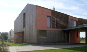 """Energotaupīga māja, koka jaunbūve, Robežu ielā 192, Ventspils. Pasūtītājs """"SAMRODE"""", koka būve. Projekts """"AB FORMA"""". Būvnieks un būvuzraudzība SAMRODE."""