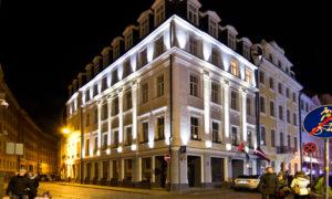 """Šķūņu iela 19, Rīga, fasāžu atjaunošana. Pasūtītājs «Skunu 19». Projekts """"ArtZone"""", Armands  Francis. Būvnieks «RMC Architectural Management»."""
