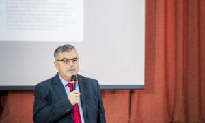 Romāns Alijevs, Rīgas Klasiskās ģimnāzijas direktors.