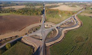 Inženierbūve rekonstrukcija. Valsts galvenā autoceļa A10 Rīga – Ventspils posma 57,76 – 68,60 km segas pārbūve. Pasūtītājs VAS LVC. Projekts Ceļuprojekts, Polyroad. Būvnieks STRABAG & ACB. Būvuzraudzība Būvju profesionālā uzraudzība.