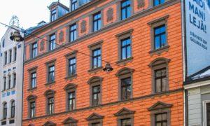 Fasāžu rekonstrukcija. Blaumaņa iela 12, Rīga. Pasūtītājs One Development. Projekts arhitekts Iļja Miļgroms. Būvnieks Fasāde Pro.