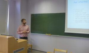 2020.gada 26.februāris. Rolands Zustrups, Forma 2, uzstājas LLU VBF studentu auditorijā.