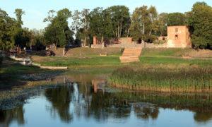 Ālandes upes atpūtas kompleksa pastaigu taka Grobiņā, pasūtītājs Grobiņas novada dome, arhitekts, projekta vadītājs Uģis Šēnbergs, būvnieks Grobiņas SPMK, būvuzraudzība d4m.