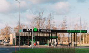 """Degvielas uzpildes stacija """"KOOL JŪRMALAS ŠOSEJA"""" Brekši, Babītes pagasts, pasūtītājs KOOL Latvija, projekts LĪNIJAS, būvnieks KOOL CONSTRUCTION, būvuzraudzība RITMUS arhitekti."""