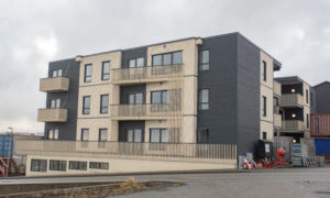 Dzīvokļu ēka KM7 Karlamagnusarbreyt 7, Hoyvík, Faroe Islands, pasūtītājs, būvnieks Sp/f FRAMI, projekts Inseneriburoo PLUS, apakšuzņēmējs Latvijas uzņēmums Nordic Homes.