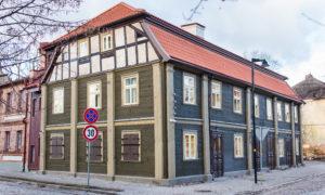 Ēkas pārbūve un restaurācija Vecpilsētas iela 14, Jelgava, pasūtītājs Jelgavas pilsētas dome, projekts Livland group, būvnieks RERE MEISTARI, būvuzraudzība Jurēvičs un partneri.