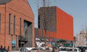 Daudzfunkcionālais centrs AKROPOLE, Maskavas iela 257, Rīga, pasūtītājs M257, projekts Sarma&Norde arhitekti, būvnieks Merks, Mitnija, būvuzraudzība Būvuzraugi LV.