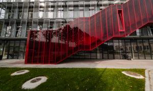 Red Line, ražošanas ēkas pārbūve par biroju ēku Bukultu iela 11, Rīga, pasūtītājs Dambis birojs, projekts NRJA, būvnieks Selva Būve, būvuzraudzība BUSHMANIS.
