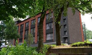 Telefona centrāles pārbūve par daudzdzīvokļu dzīvojamo māju Botanique Jaunsaules iela 1, Rīga, pasūtītājs RVVV, projekts PILS M, būvnieks AMBK.