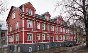 Vēsturisko ēku atjaunošana Lapu ielā 19; Lapu iela 19 un 19A, Rīga, pasūtītājs iemītnieki, projekts Leonards Kalniņš, būvnieks VGD.