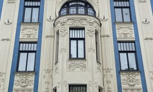 Fasāžu atjaunošana. Alberta iela 8, Rīga. Pasūtītājs Alberta 8 Dzīks, projekts ALTA GRUPA, Anna Vasiļjeva, būvnieks Fasāde PRO.