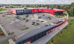 """Jauna sabiedriska ēka. Tirdzniecības centrs """"Aleja"""", Vienības gatve 194A, Rīga. Pasūtītājs Plesko Real Estate, projekts Arhitektu birojs MG Arhitekti, būvprojekta vadība Inženieru birojs Būve un forma, būvnieks NEWCOM Construction, būvuzraudzība Būvniecības konsultants."""