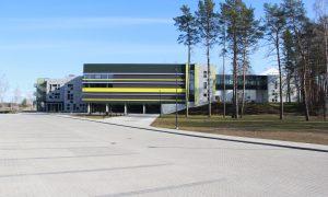Jauna sabiedriska ēka. Mūzikas un mākslas skola Skolas iela 8, Upesciems. Pasūtītājs Garkalnes novada dome, projekts PS ARH STUDIJA, būvnieks Ostas celtnieks, būvuzraudzība LAKALME.