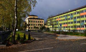 Pārbūve. Jēkabpils 2.vidusskolas ēkas pārbūve Jaunā ielā 44. Pasūtītājs Jēkabpils pilsētas pašvaldība, projekts Acitektura, būvnieks JĒKABPILS PMK, būvuzraudzība Firma L4.